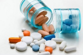 吃避孕药的危害,避孕药对月经的影响,吃了避孕药出血,长效避孕药